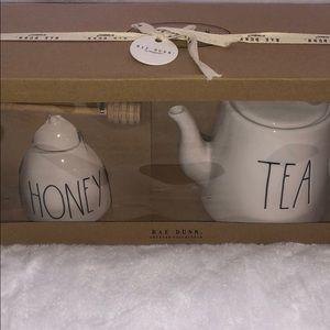 🆕 Rae Dunn HONEY & TEA Set